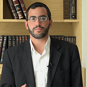 Rabino David Sued